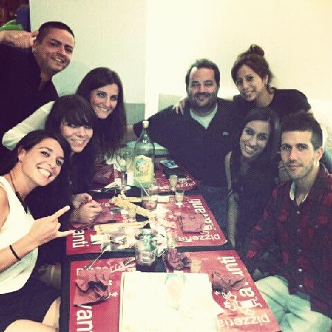 Gran noche con Patri, Rebe, Manu, Álvaro y Cris.