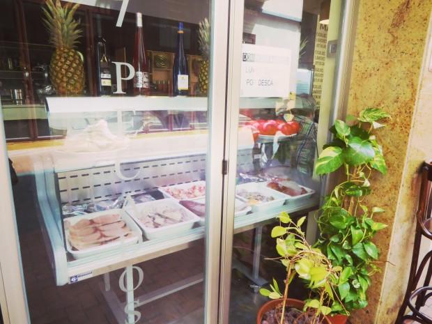 Fachada del Restaurante Los 7 pecados en Benidorm.