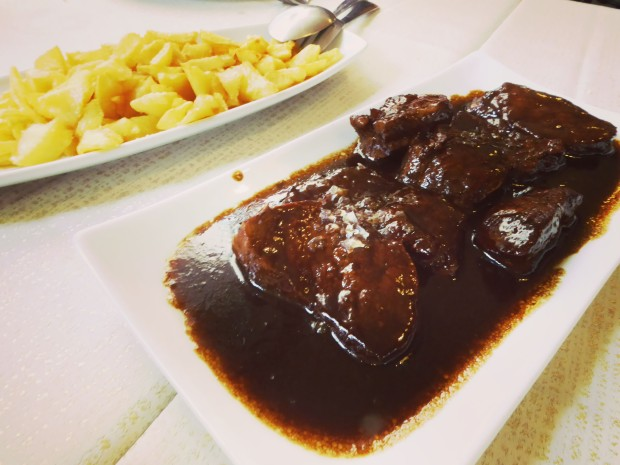 Restaurante Los 7 pecados en Benidorm , solomillo al módena.