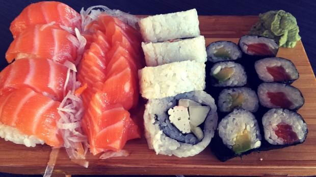 Restaurante Meluka Albir sushi