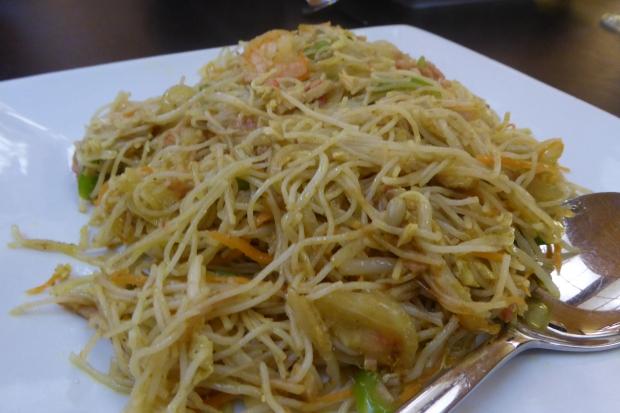Valencia, tallarines en el restaurante chino Mey Mey.