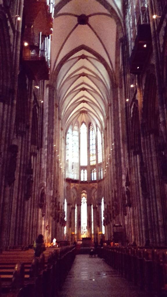 Viaje a Colonia Alemania, interior de la Catedral