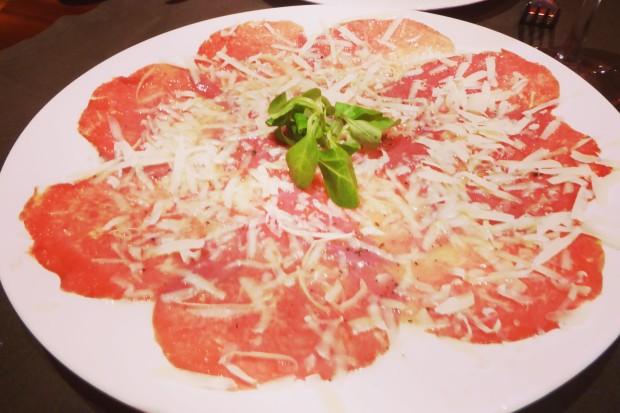 Guía de restaurantes en Benidorm. Dónde comer carne a la brasa.
